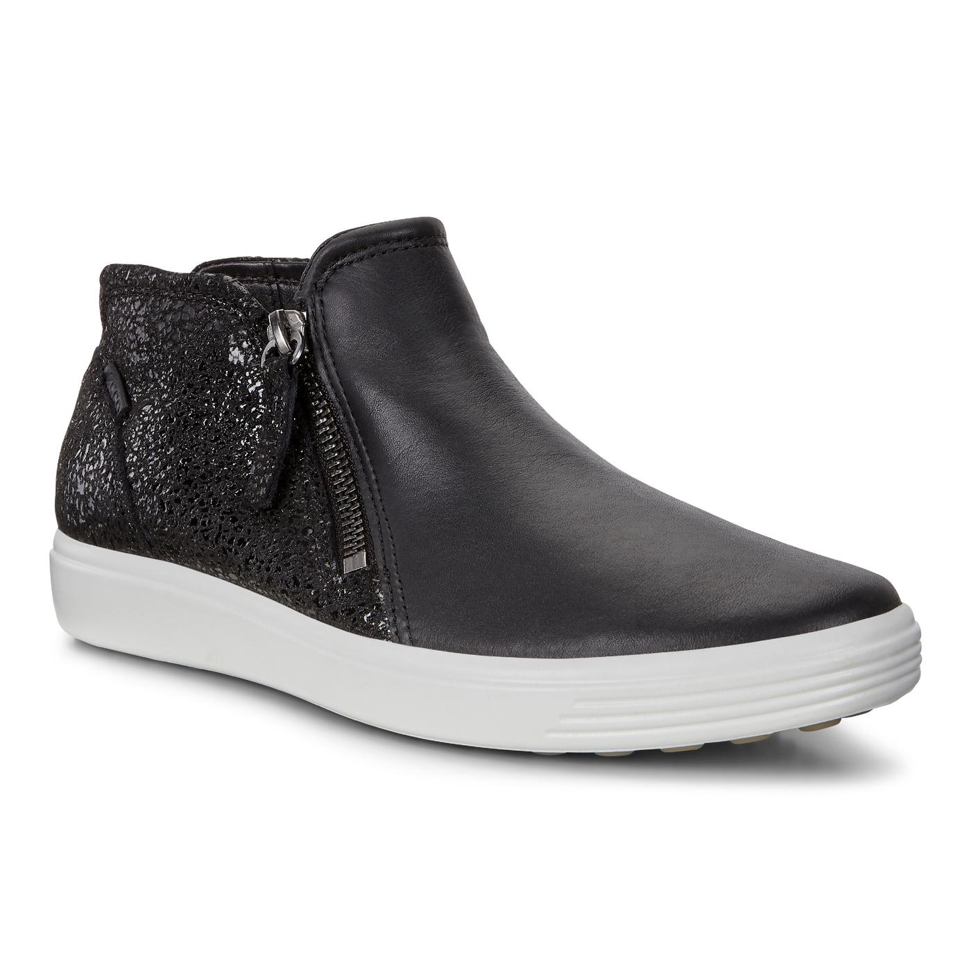 76cdba3082 ECCO Women's Soft 7 Low Bootie Black Leather